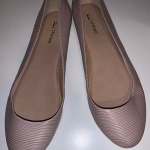 NWOT call it spring pink flats